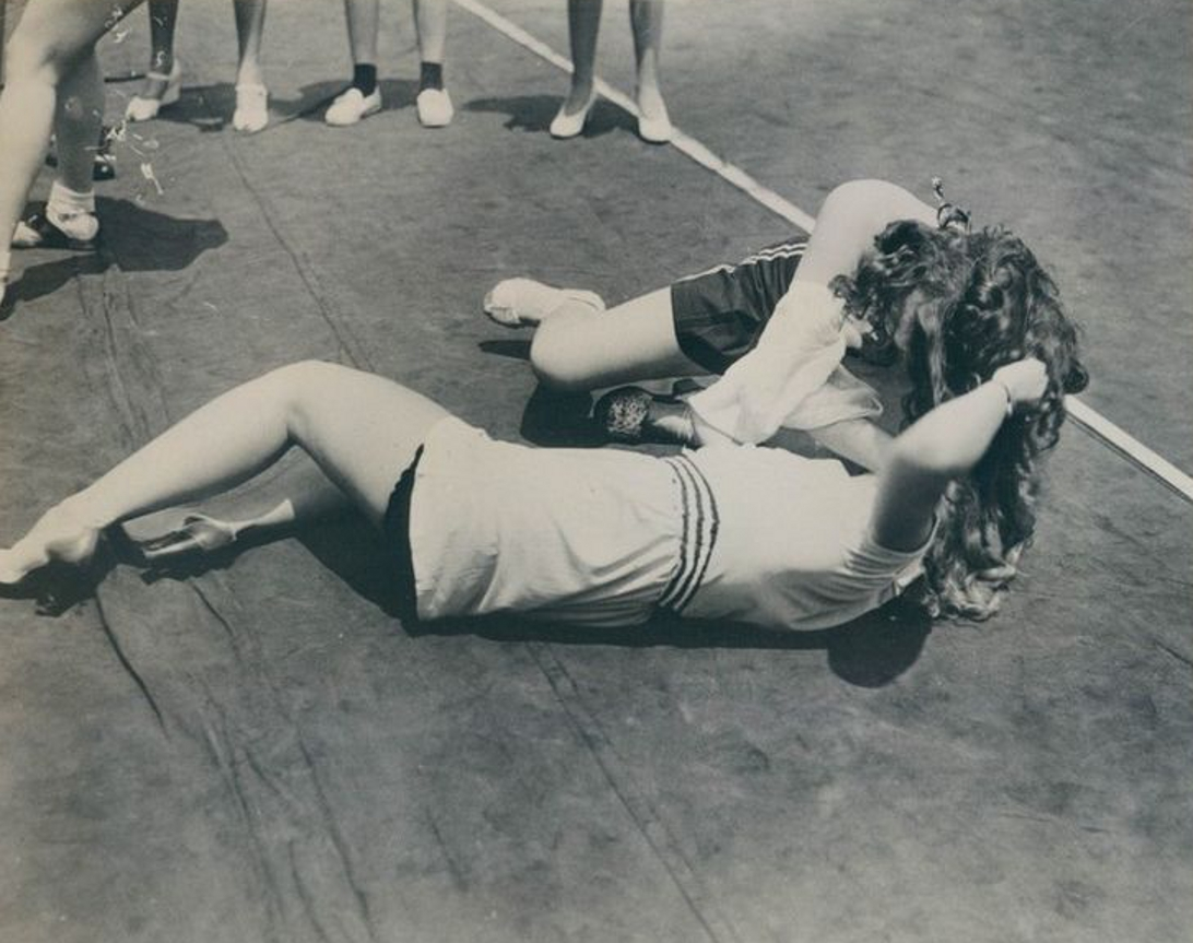 Hair Pulling Contest 1940
