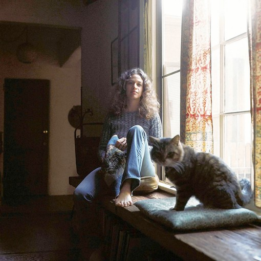 Jim McCrary, Rock Photographer Dies at 72, Famous For Carole King Tapestry Photos
