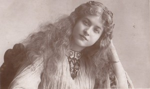 Maude Fealy 3107D pc philco 1906