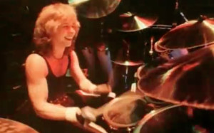 Clive Burr Drumming 1982