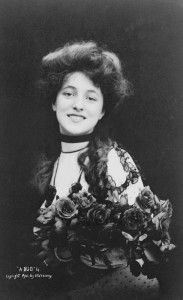 Evelyn Nesbit 1901 photo by Sarony