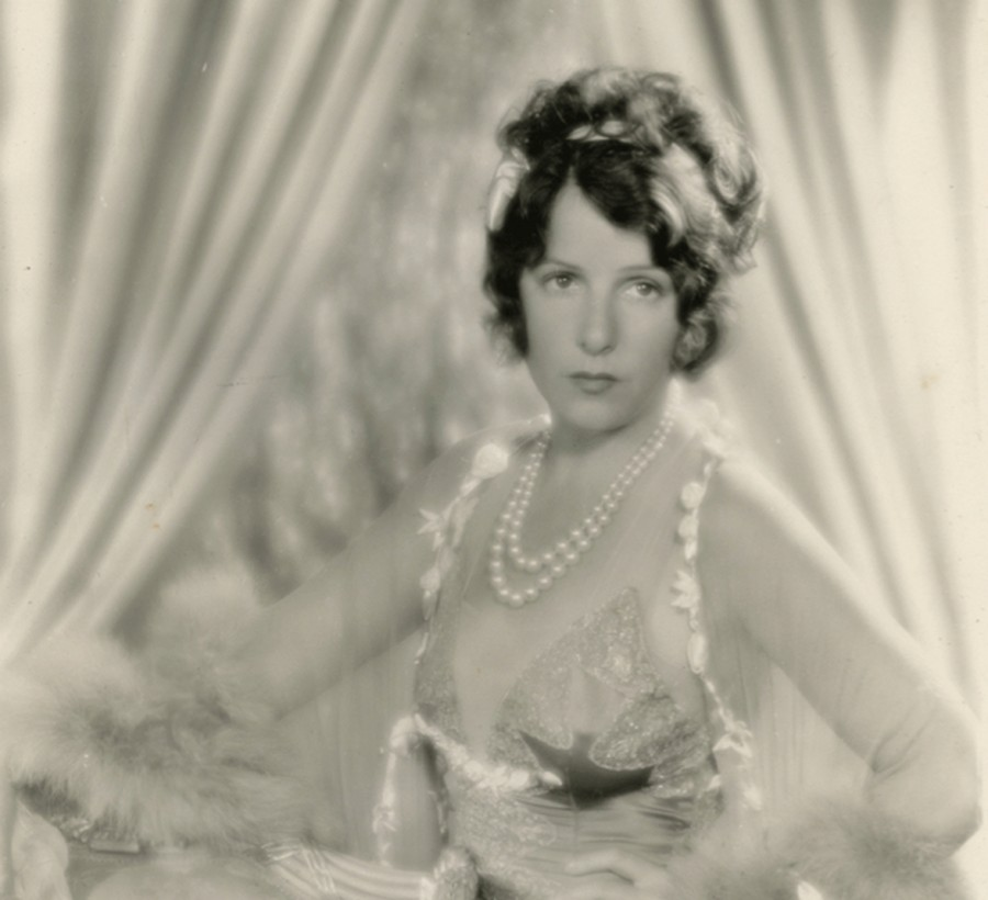 portraits Norma Talmadge on set