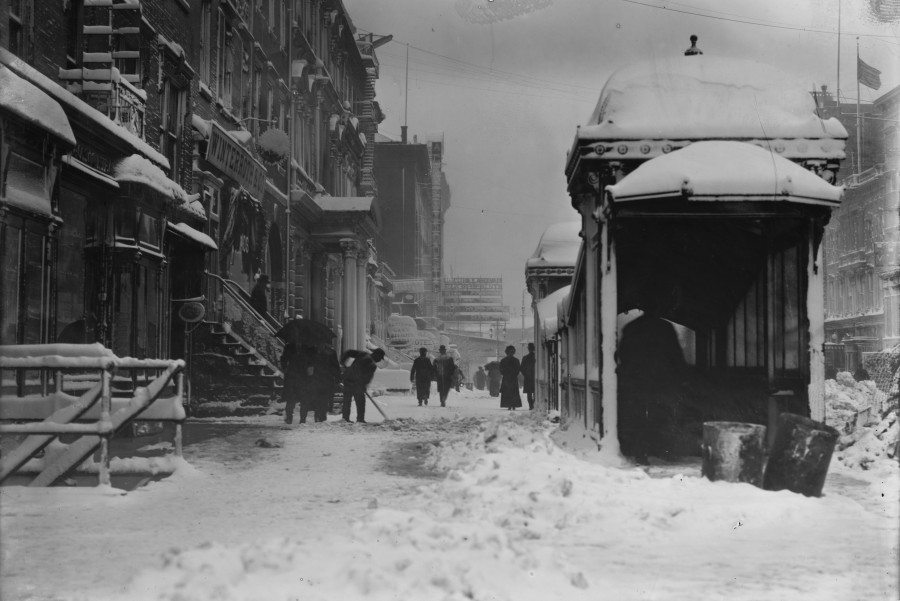 North side of East 14th Street showing, subway kiosk and the original Academy of Music - January 25, 1908