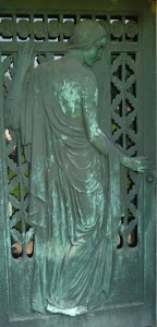 Schoener mausoleum door Green-Wood Cemetery, Brooklyn