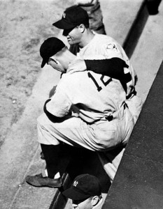 Lou Gehrig consoles  Babe Dahlgren about replacing Gehrig in the Yankees line-up, May 2 1939