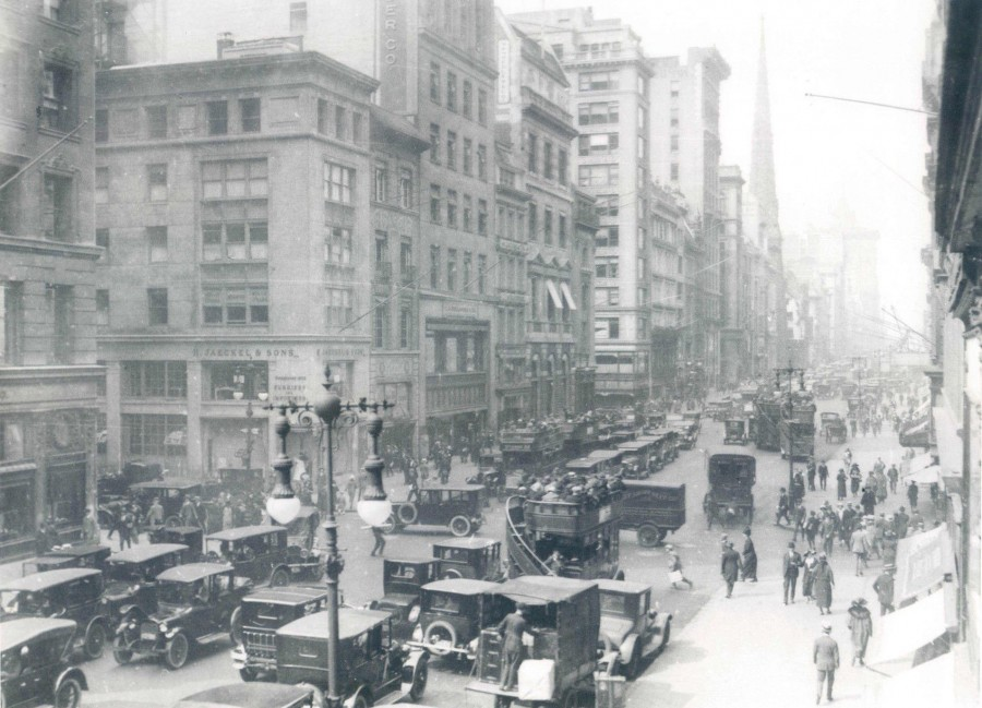 Fifth Ave north from 44th st 1923