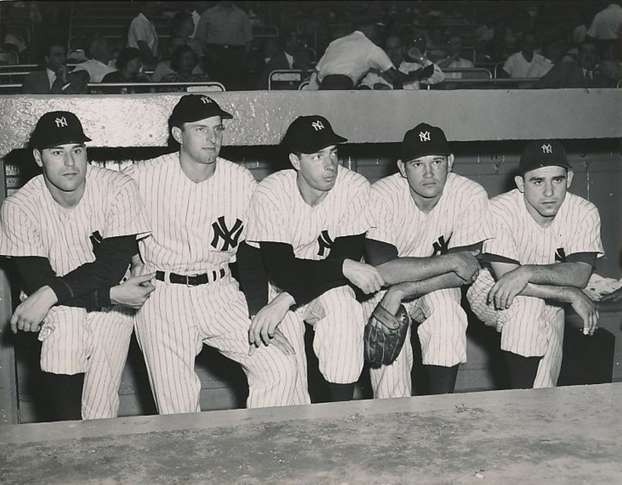 Vic Raschi Tommy Henrich Joe DiMaggio Allie Reynolds Yogi Berra Yanks All Stars July 6 1949 photo © Acme
