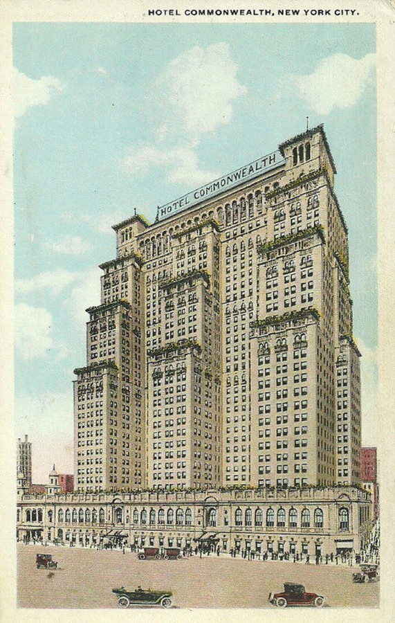 Hotel Commonwealth New York City postcard view 3