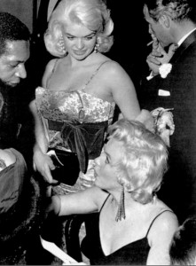 Marilyn Monroe and Jayne Mansfield at The Rose Tattoo premiere 1955