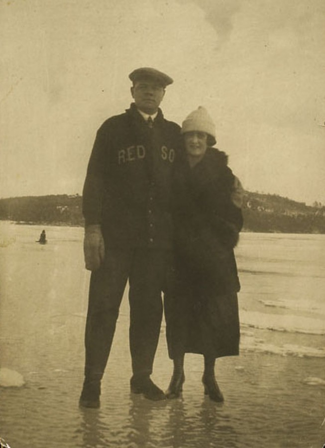 Babe Ruth and wife Helen Lake Winnipesaukee NH 1916 Hunt auctions