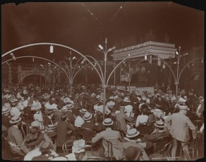 The roof top theater at Madison Square Garden. photo MCNY