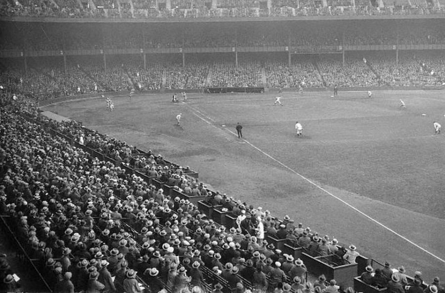 1926 World Series Waite Hoyt pitching to Rogers Hornsby gm 7