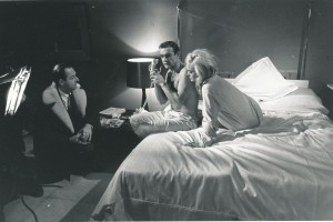 Sean Connery Shirley Eaton with director Guy Hamilton on set Goldfinger