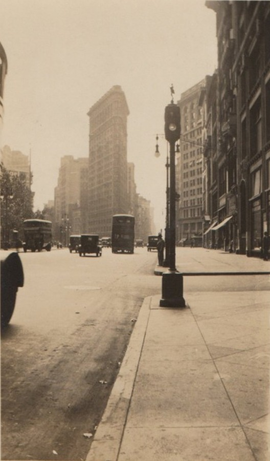 Flatiron building Sept 10 1933