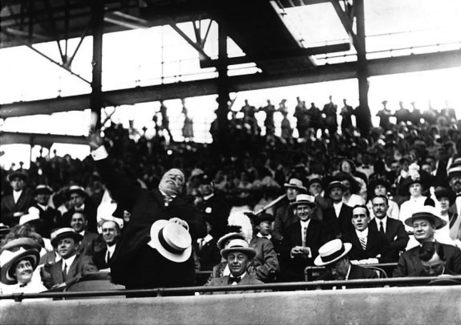 President William Howard Taft throws out the ceremonial first pitch at opening day
