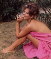 Classic Hollywood #53 – 10 Stunning Photos of Claudia Cardinale