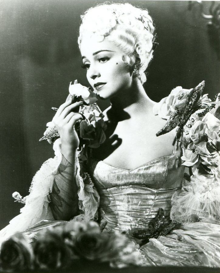 Olivia de Havilland as a blonde
