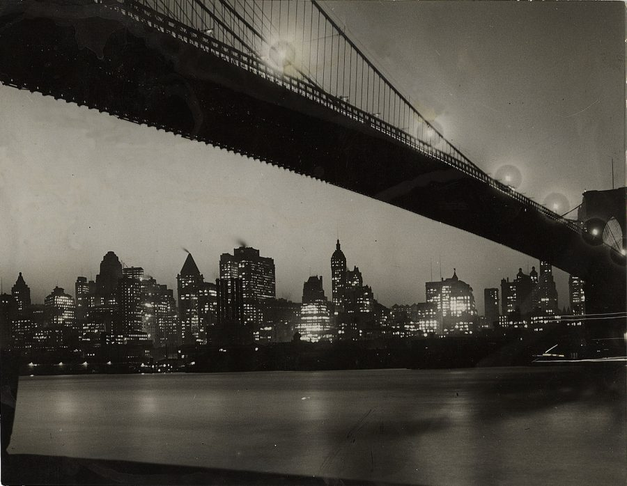 brooklyn-bridge-manhattan-skyline-at-night-1928