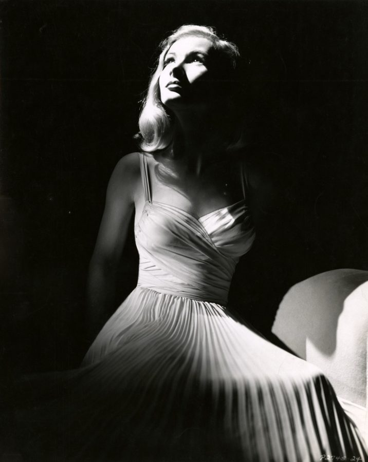 Veronica Lake I Wanted Wings promotional photo 1940