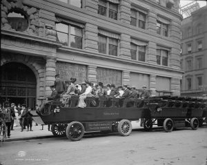 Seeing New York bus 1904 photo Detroit Publishing