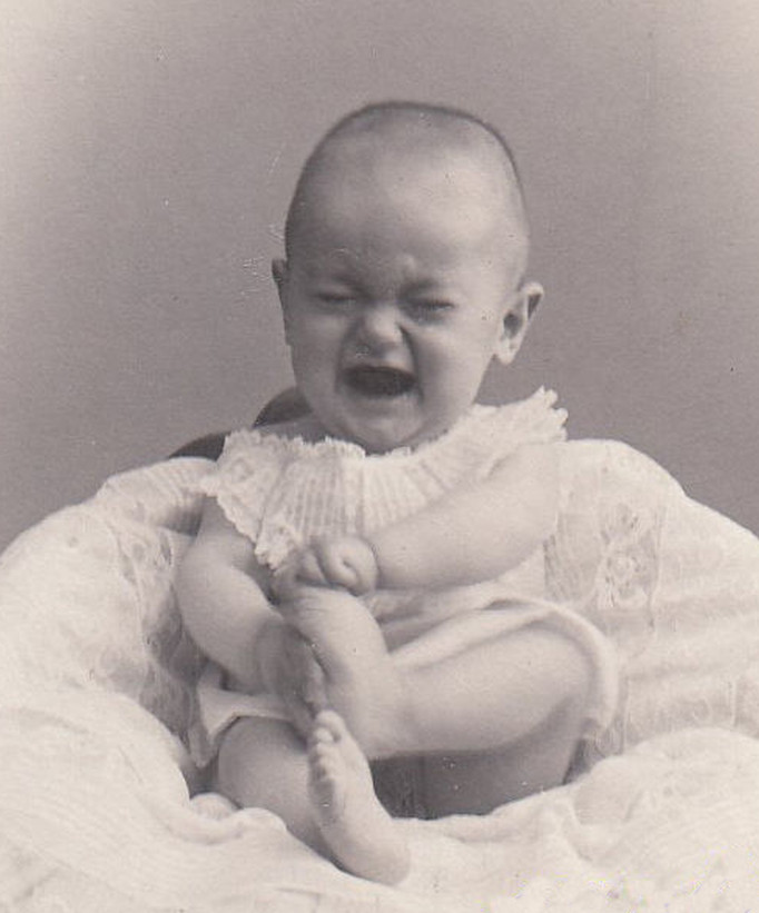 Bad Luck Baby Katie - In 1904, Katie Reed Had 3 Accidents In One Week