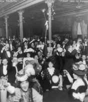 New Yorkers Welcome In The New Year 1907 – But No Horn Blowing Allowed!