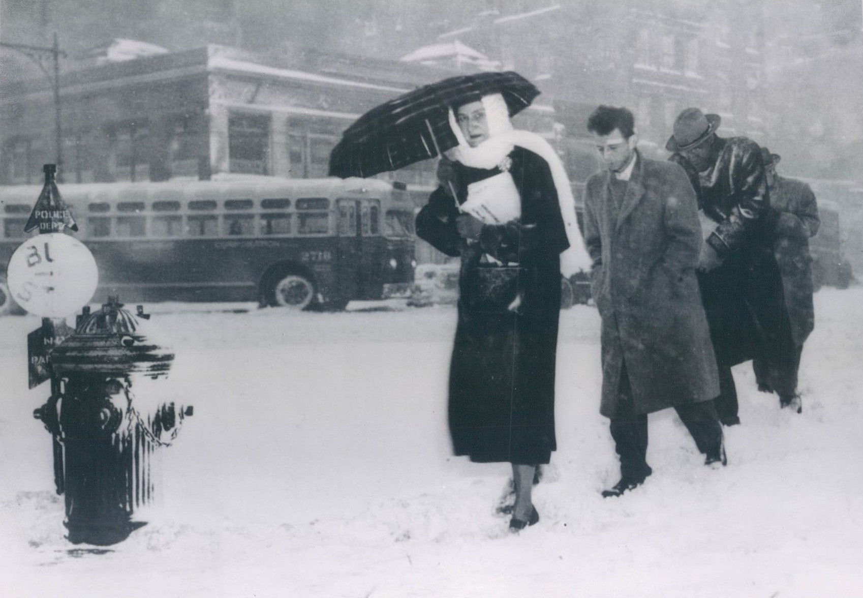 We've Seen This Before, Late March New York City Snowstorm Shuts Down The City - 1956