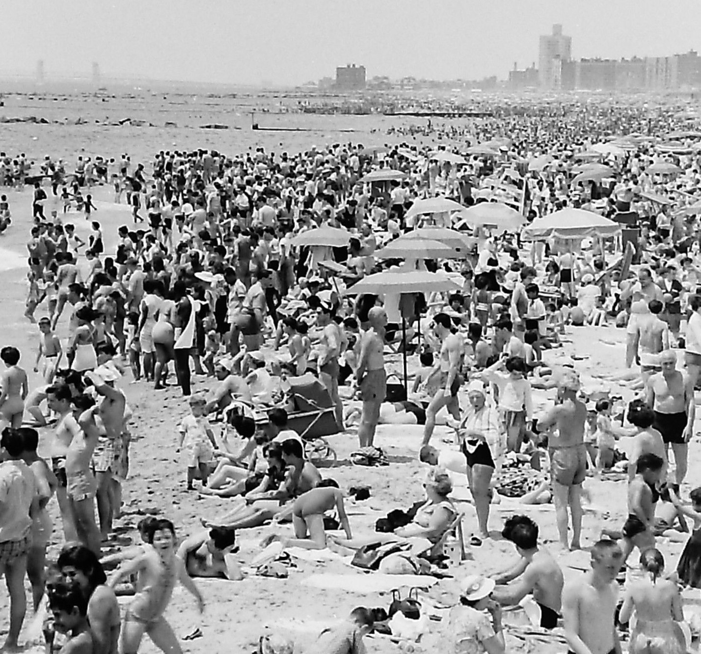 Coney Island Beach: Coney Island Beach Crowds From July 4's Of The Past
