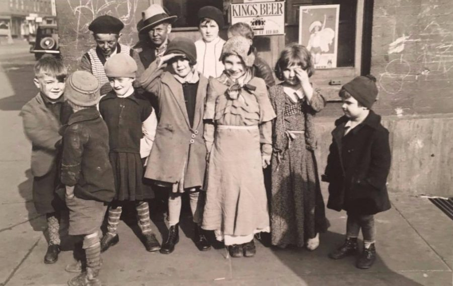 New York City children dressed in costume for Thanksgiving 1933 photo Percy Loomis Sperr