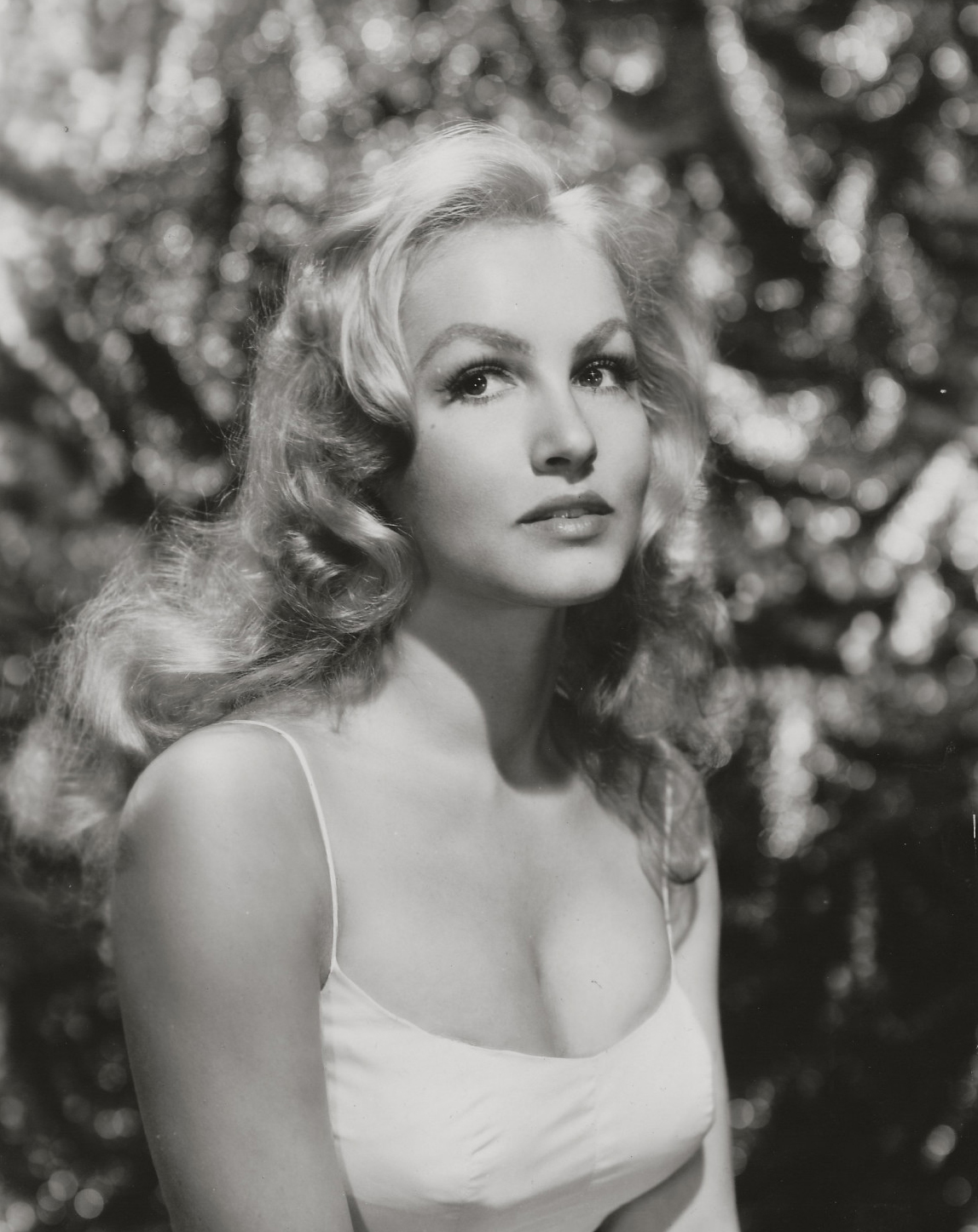"Classic Hollywood #83 - ""Catwoman"" Julie Newmar"