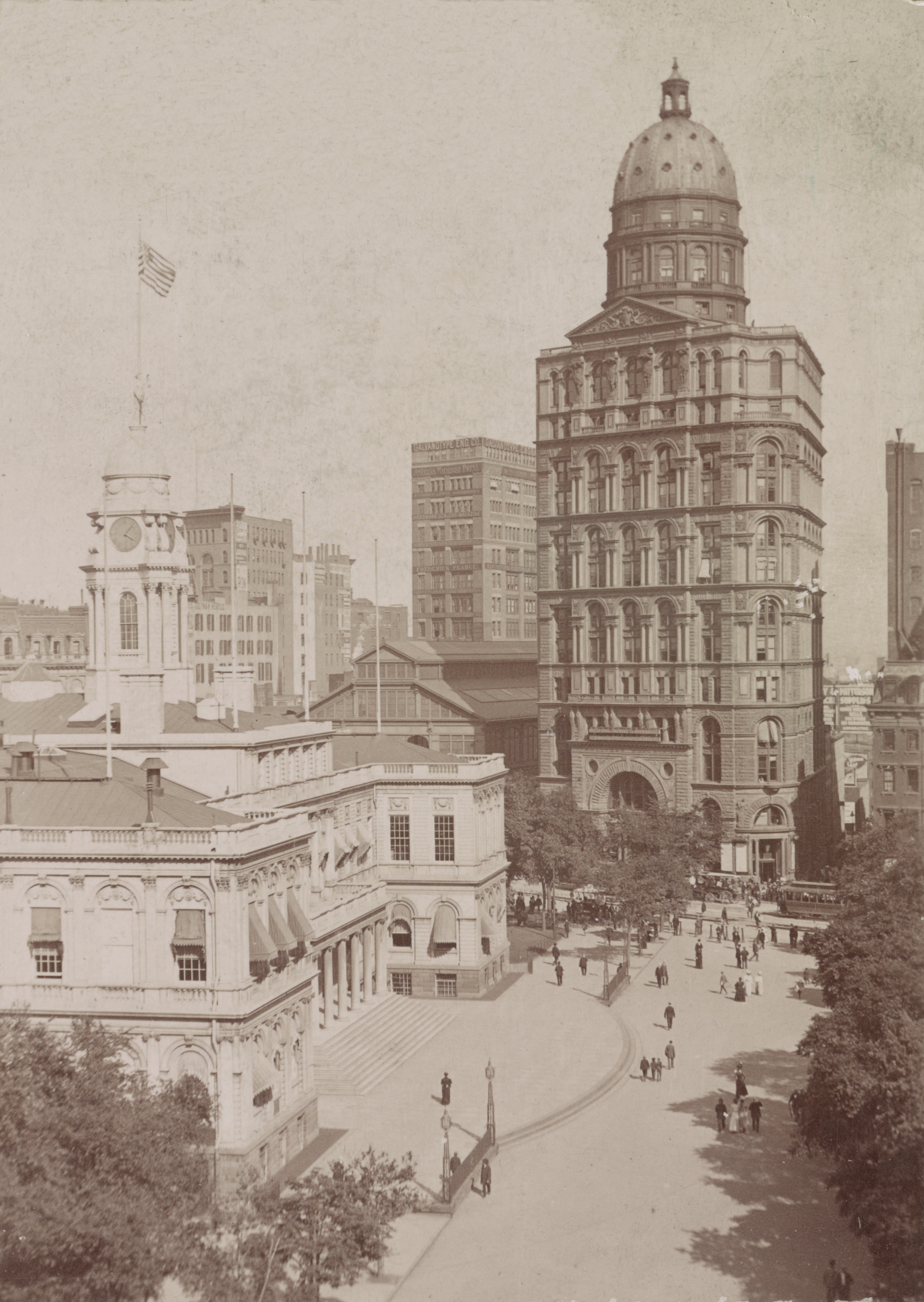 Old New York In Photos #106 - City Hall and A Description Of The Fabulous World Building