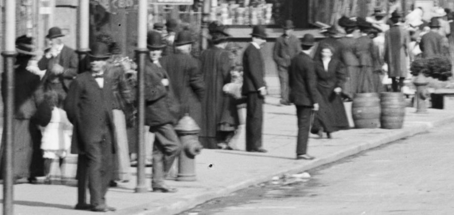 along Cort;landt Street people walking 1908