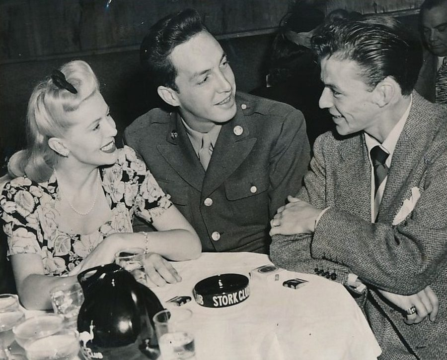 Lana Turner Stephen Crane Frank Sinatra Stork Club photo International News 1943