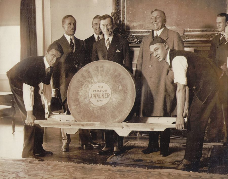 Mayor Jimmy Walker with big swiss cheese 1927 photo Wide World Photos
