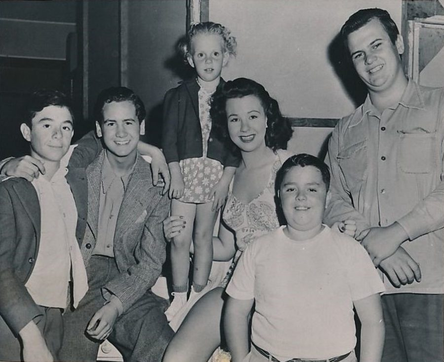 Jane Withers Alfalfa Spanky and other Our Gang stars 1942 photo Acme