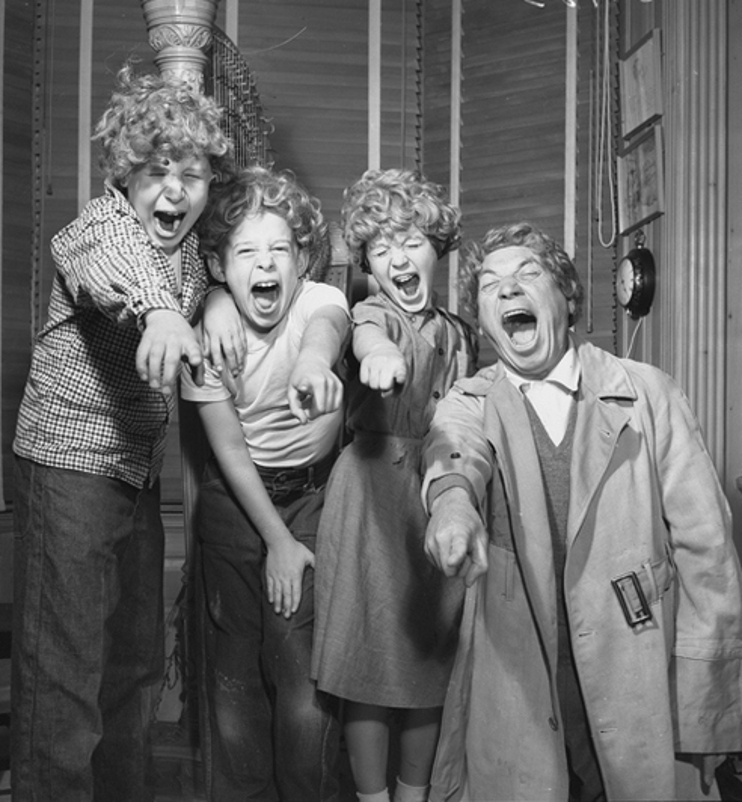 Classic Hollywood #6 - Harpo Marx & At Home With His Children