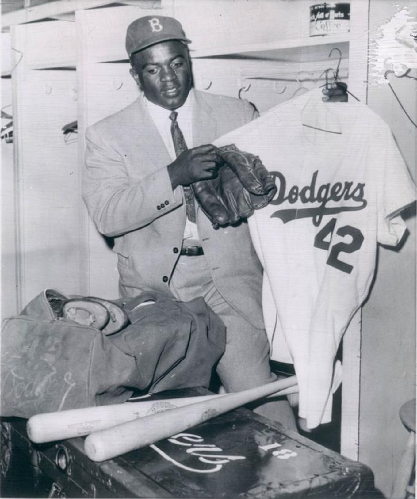 Jackie Robinson Packs Up And Retires