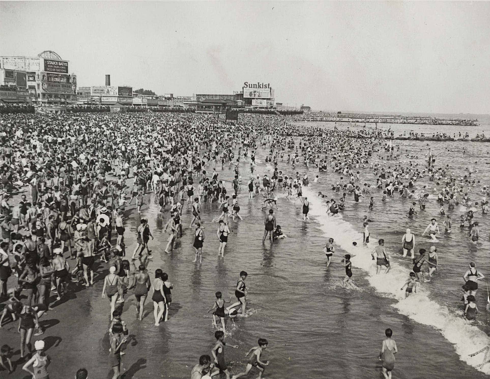 Coney Island on July 4 in the 1930s