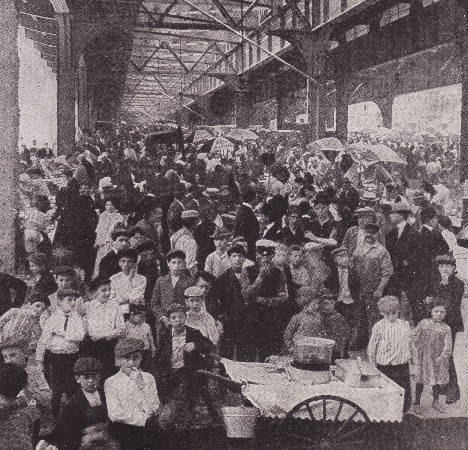 Old New York In Photos #69 - Where New York's Poor Shopped 1905