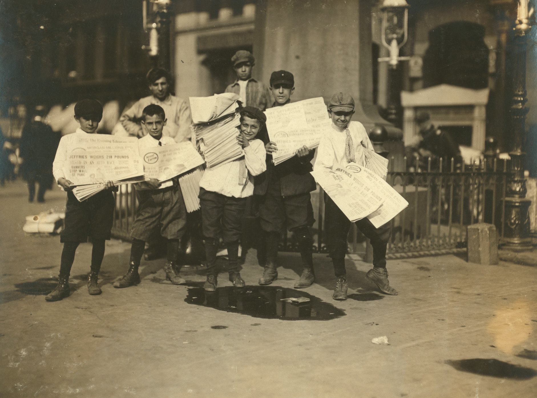 A Hard Life - Photos Of Turn-of-the Century Newsboys In New York City