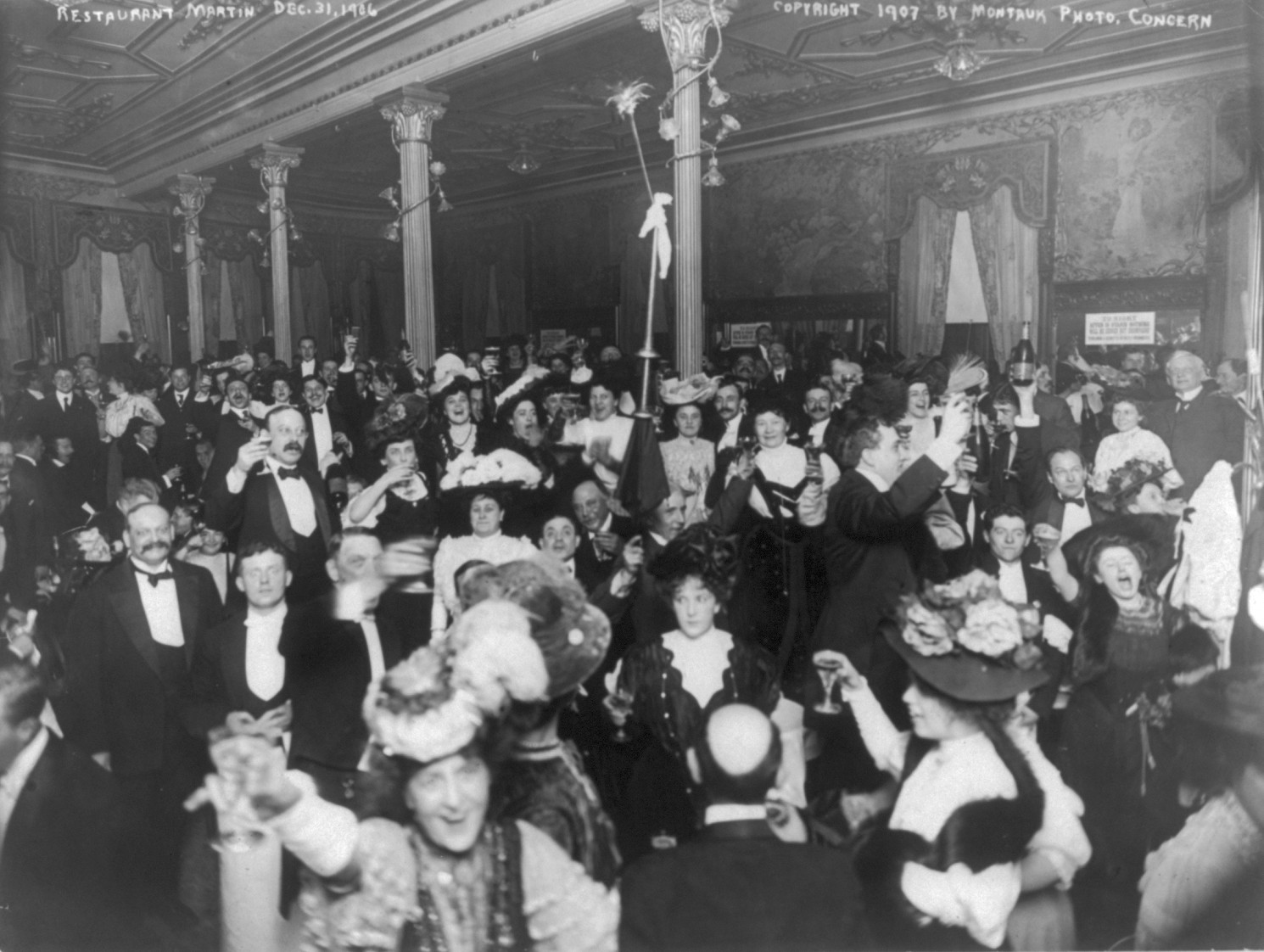 New Yorkers Welcome In The New Year 1907 - But No Horn Blowing Allowed!